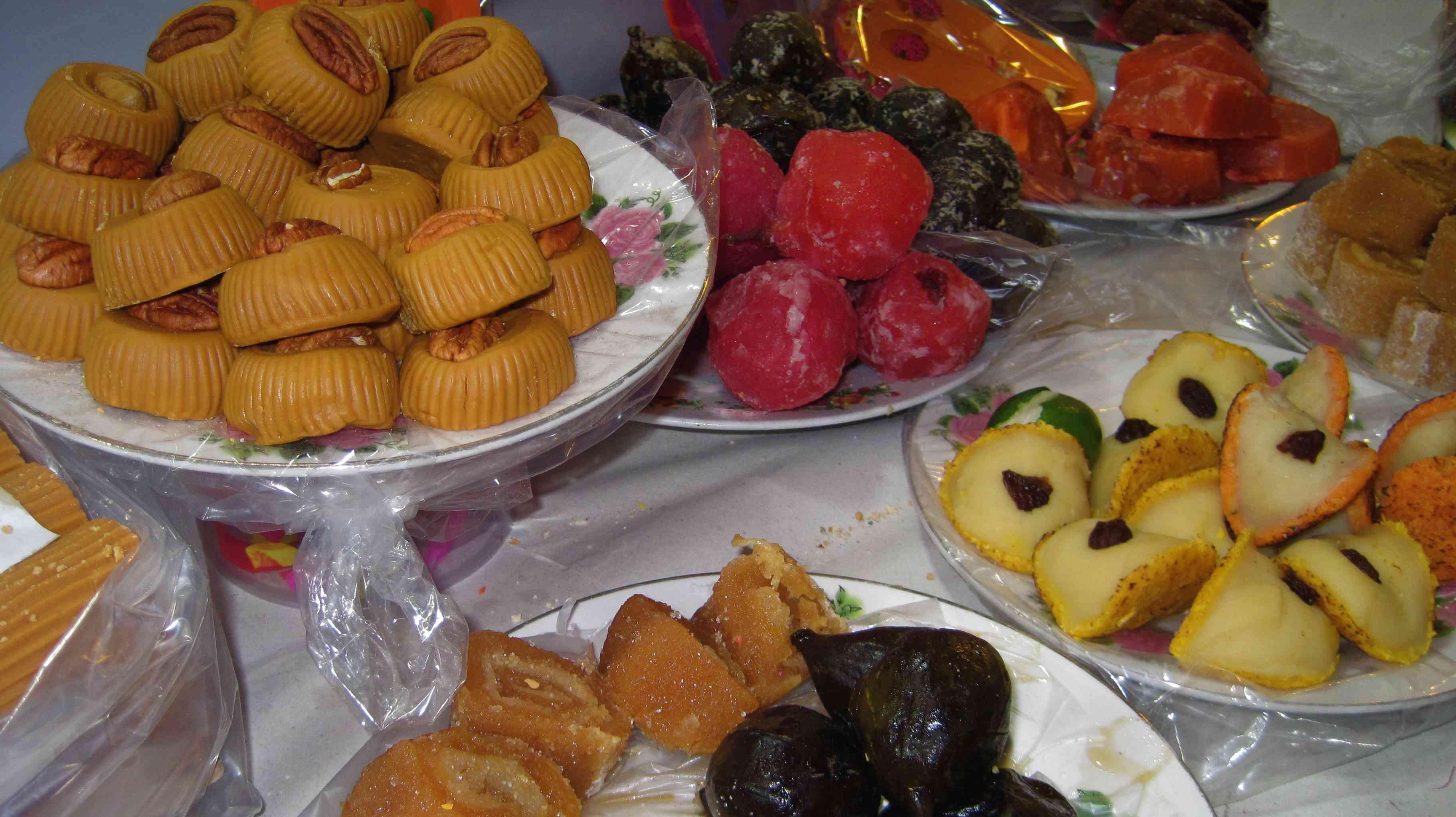 Dulces de Leche y de Frutas / Milk and Fruit Candies